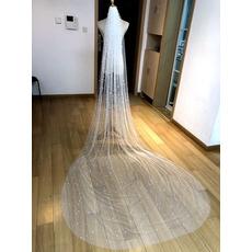 Brautschleier der königlichen Kathedrale, der handgemachten Perlenschleier heiratet