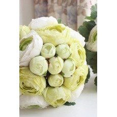 Die Blätter sind grün Hochzeit halten Blumen Brautjungfer halten Blumen