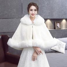 Warm gepolsterter Mantel aus Kunstpelz