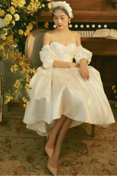 Brautkleid A-Linie Bördeln Herz-Ausschnitt Puffärmel Kurze Ärmel