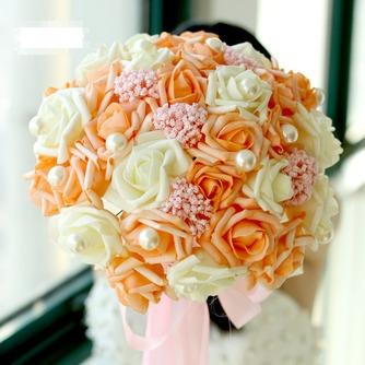 Die Braut hält eine Studio schießen Requisiten Blumenstrauß Tiffany blau weiß grün fiffany - Seite 3