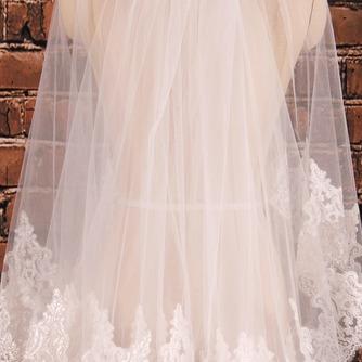 Doppelschicht Kurzer Spitzenschleier mit Haarkamm Hochzeitszubehör Brauthochzeitsschleier - Seite 2